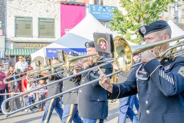 The local community celebrated the 2015 Itaewon Global Village Festival Oct. 17, 2015, at the Itaewon district located in Seoul, South Korea. (Staff Sgt. Samuel Northrup/USAG-Yongsan Public Affairs)