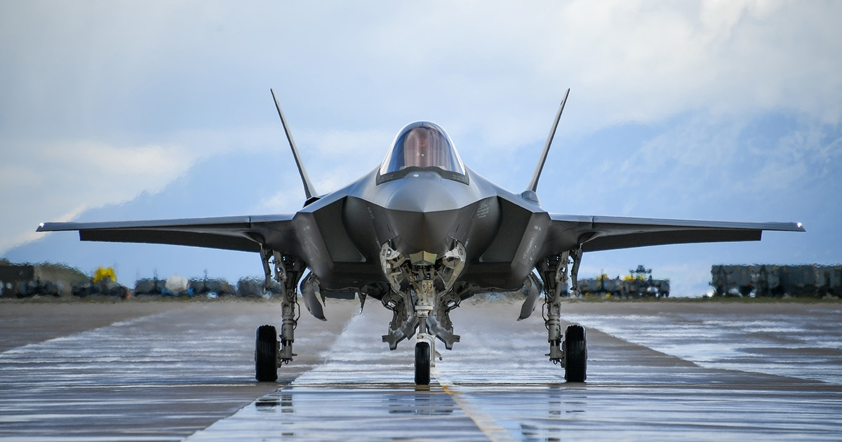 The Pentagon plan to save the F-35's logistics system hinges on whether Lockheed will relinquish data control