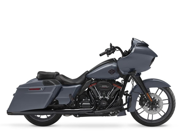 The new-for-2018 Gunship Gray on the CVO Road Glide sans metallic or graphics gets the point across: less flash, more performance. (Harley-Davidson)