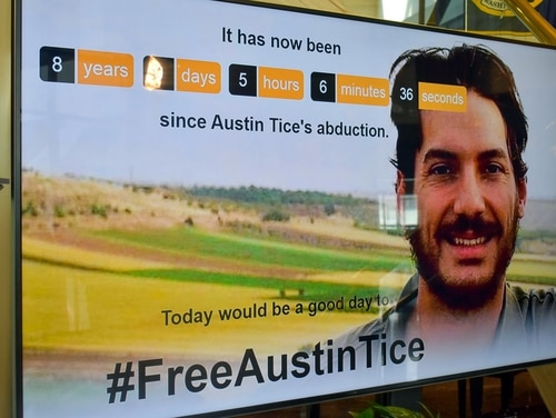"""A """"Freedom Clock"""" counting down the days since Marine veteran Austin Tice's disappearance was installed Friday at the National Press Club in Washington. (Alan Kotok for National Press Club)"""