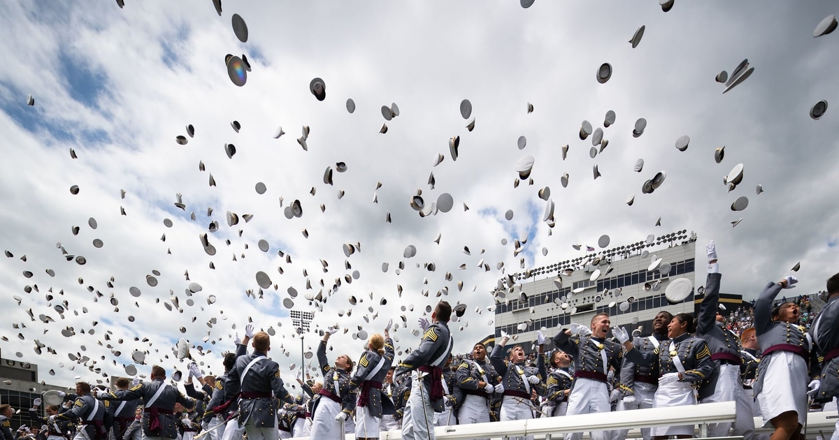 Service academy graduates could see longer military obligations