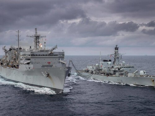 The Duke-class frigate HMS Kent, right, takes part in a replenishment-at-sea with Supply-class fast combat support ship USNS Supply (T-AOE-6) while on exercise with the U.S. Navy in the Arctic Circle. (Dan Rosenbaum/ HMS Kent)