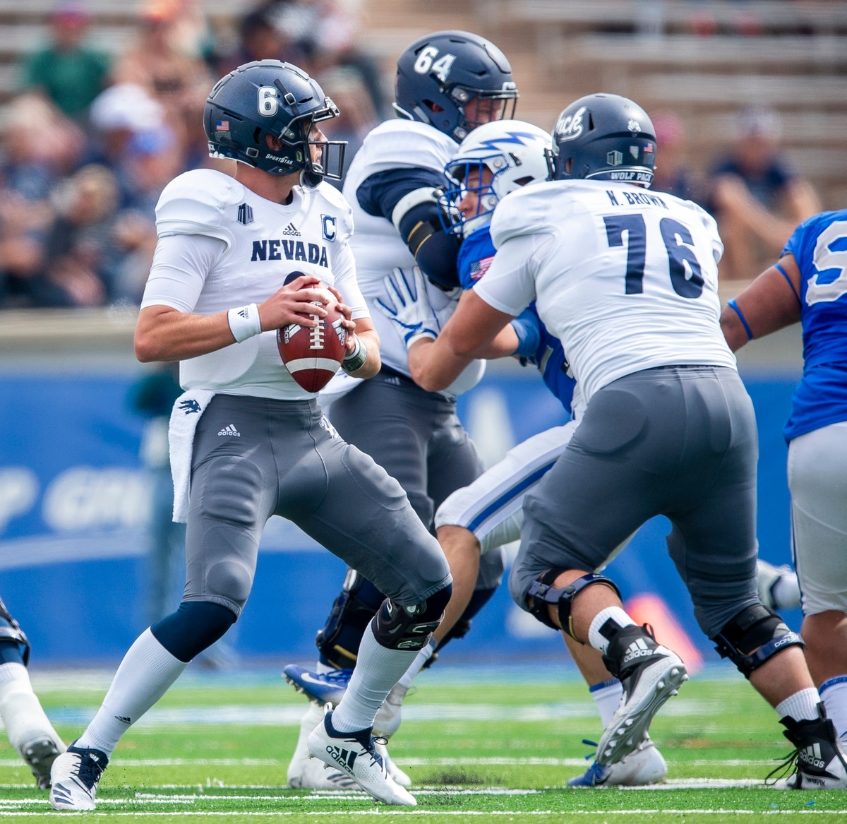Gangi S 4 Td Passes Carry Nevada Past Air Force 28 25