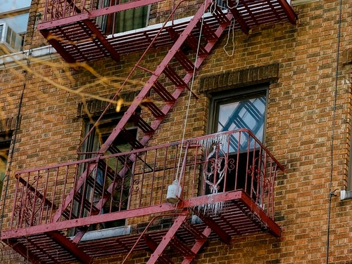 The outside of an apartment where a fire took place is seen in New York City on Dec. 29, 2017. Among the fire's victims was Army Pvt. Emmanuel Mensah, who had saved several residents. (Kena Betancur/AFP/Getty Images)