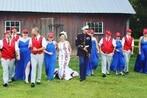 Marine veteran's MAGA-themed wedding pays tribute to President Trump