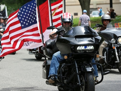 Riders in the Rolling Thunder Memorial Day motorcycle procession travel through Washington, D.C. on Sunday, May 27, as part of the annual remembrance festivities in the city. (Ben Murray/Military Times)