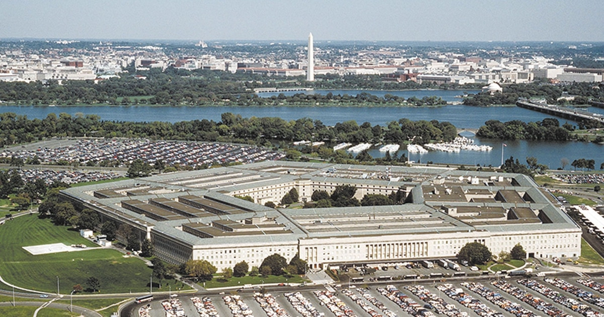 Police: Man arrested outside Pentagon had a shotgun and bourbon in his car