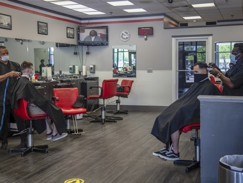 Marines maintain readiness and lethality during coronavirus by getting fades at a Camp Lejeune barber shop. (Cpl. Karina Lopezmata/Marine Corps)