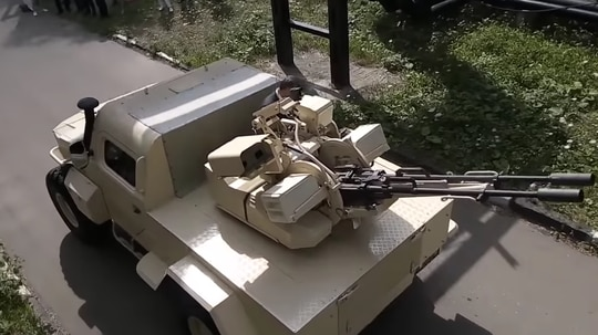 The SAMUM turret can be remotely operated and features automated fire controls to help it shoot small drones out of the sky. (Kelsey D. Atherton / Screenshot via YouTube)