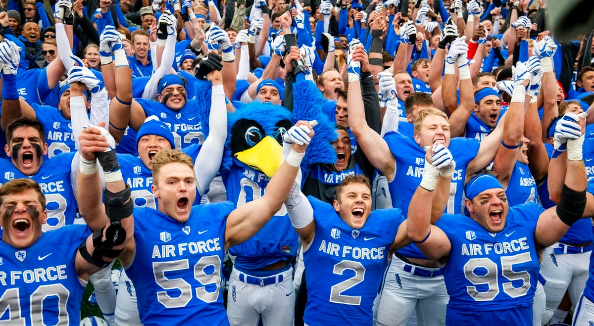 Air Force players celebrate their 35-7 win over Navy in an NCAA college  football game at Falcon Stadium at the U.S. Air Force Academy on Saturday  in ... 56c490de9d1
