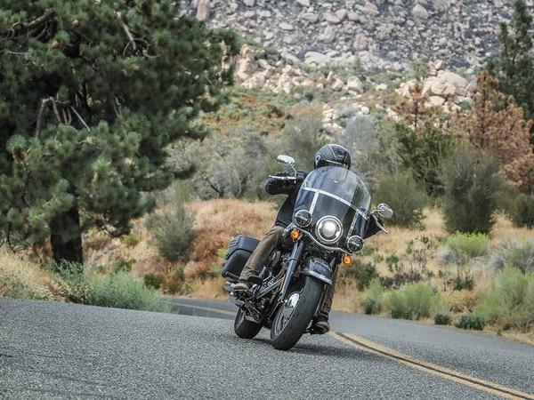 2018 Harley-Davidson Heritage Classic (courtesy of Harley-Davidson)