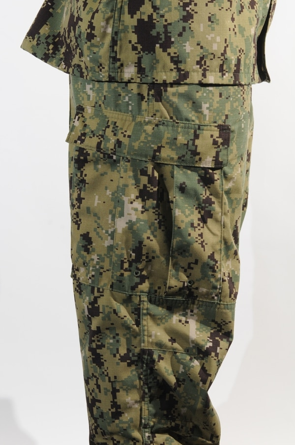 the navy s woodland cammies the roll out plan how to wear them right