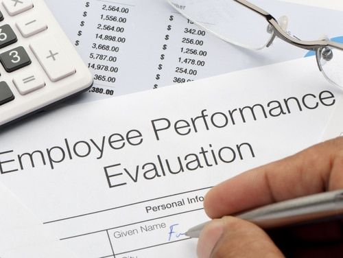 Agencies are encouraged to create defined metrics for determining whether an employee fulfills, fails or meets the expectations for their positions. (Courtney Keating/Getty Images)