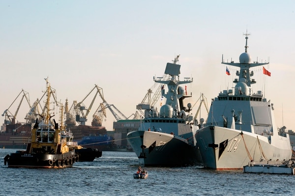 Chinese Type 054A frigate Yuncheng, center, is shown docked in Saint Petersburg, Russia. (Olga Maltseva /AFP via Getty Images)