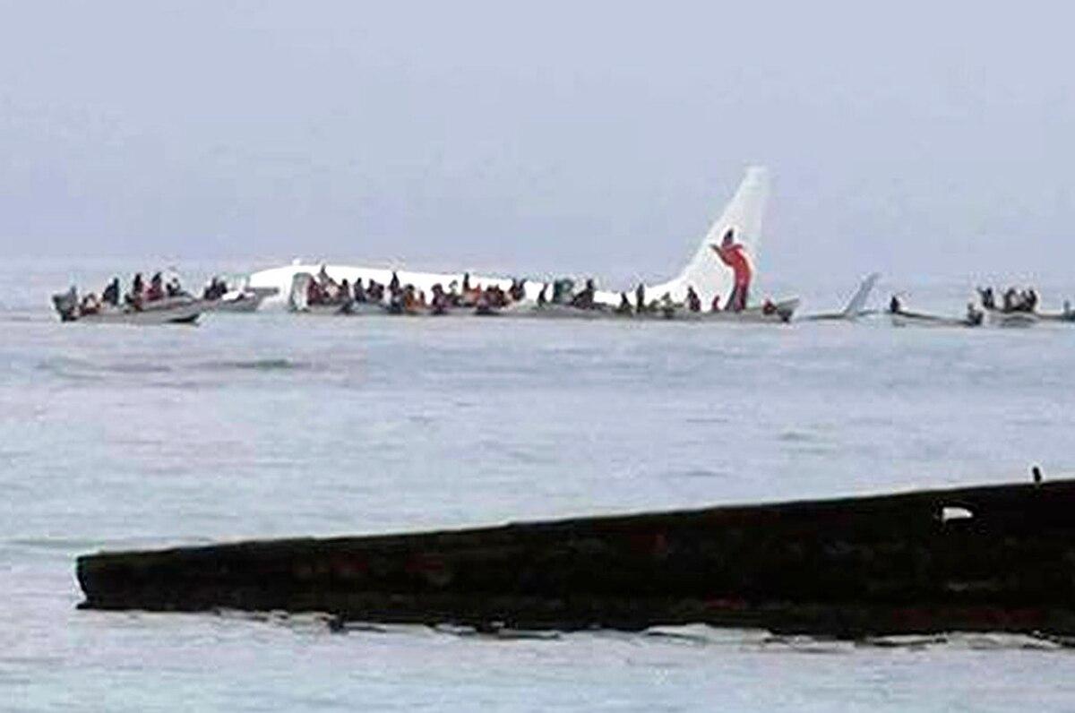 Resultado de imagen para Chuuk Island Airport air crash