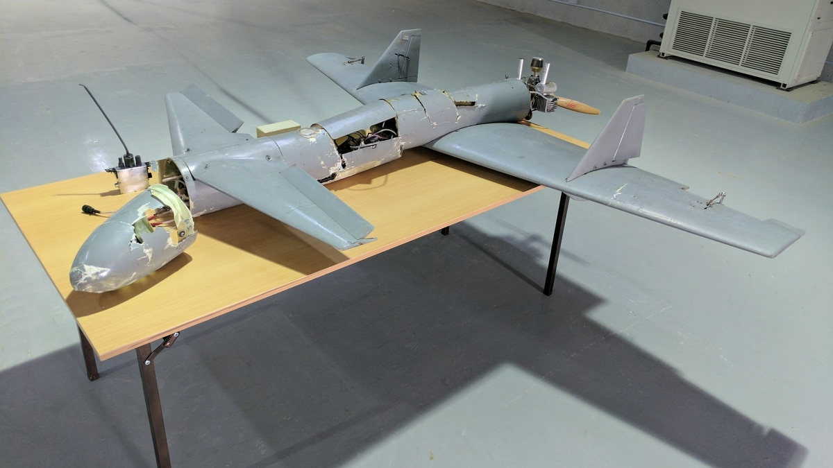 Report Houthi Rebels Flying Iranian Made Kamikaze Drones