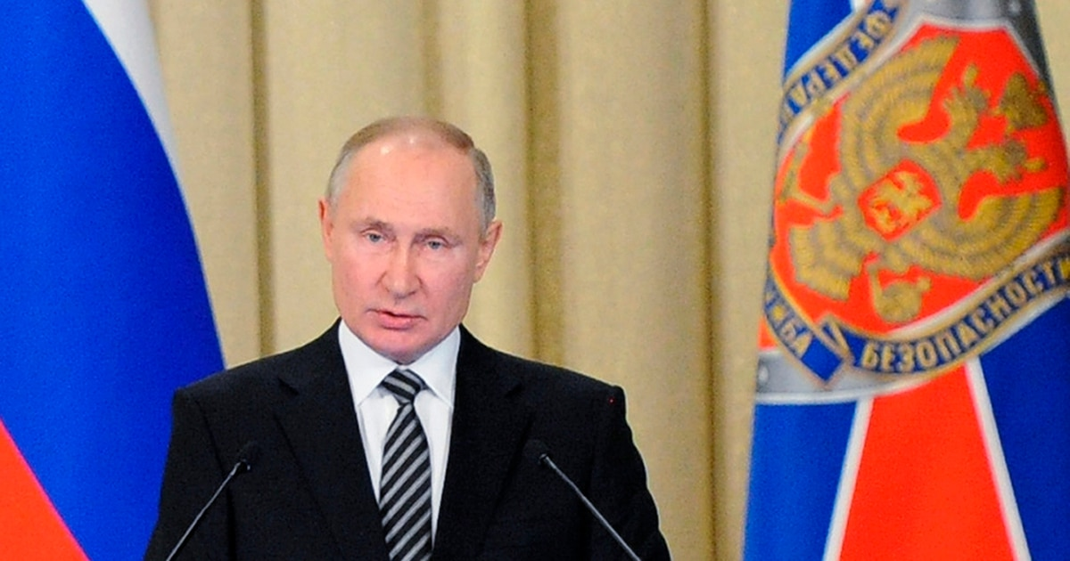 Putin warns of unnamed foreign efforts to destabilize Russia