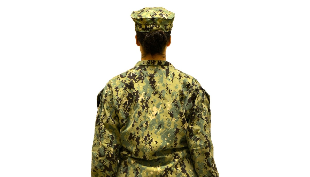Green cammies are coming to the Navy this fall