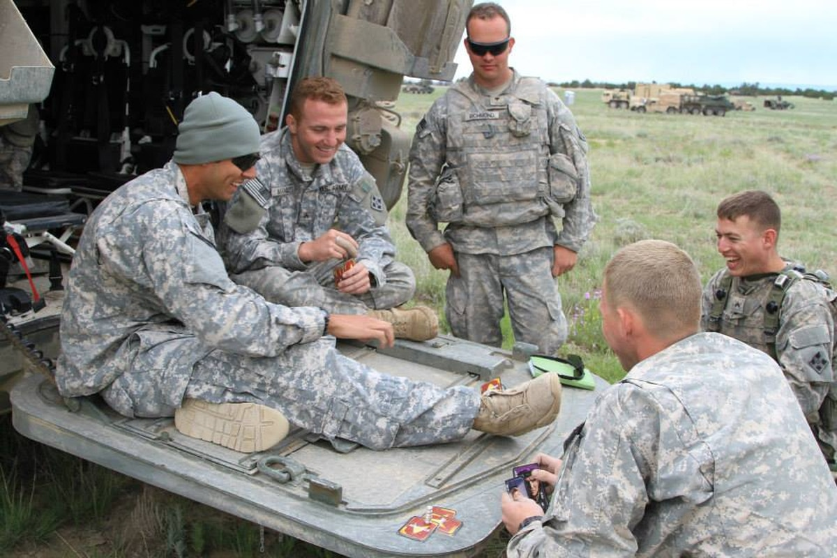 BCT banishes combat patches, badges to boost morale