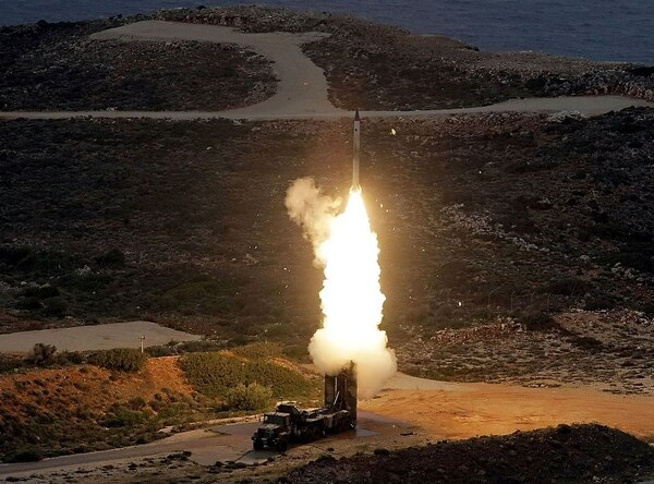 An S-300 anti-aircraft missile launches during a Greek Army exercise on Dec. 13, 2013. (Costas Metaxakis/AFP via Getty Images)