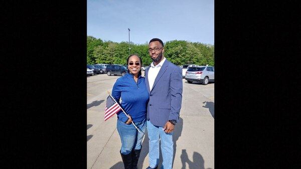 Derrick Miller with his mother after being paroled in May 2019. (Derrick Miller/Facebook)