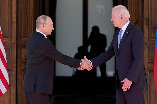 President Joe Biden, right, and Russian President Vladimir Putin arrive to meet at the 'Villa la Grange', Wednesday, June 16, 2021, in Geneva. (Patrick Semansky/AP)