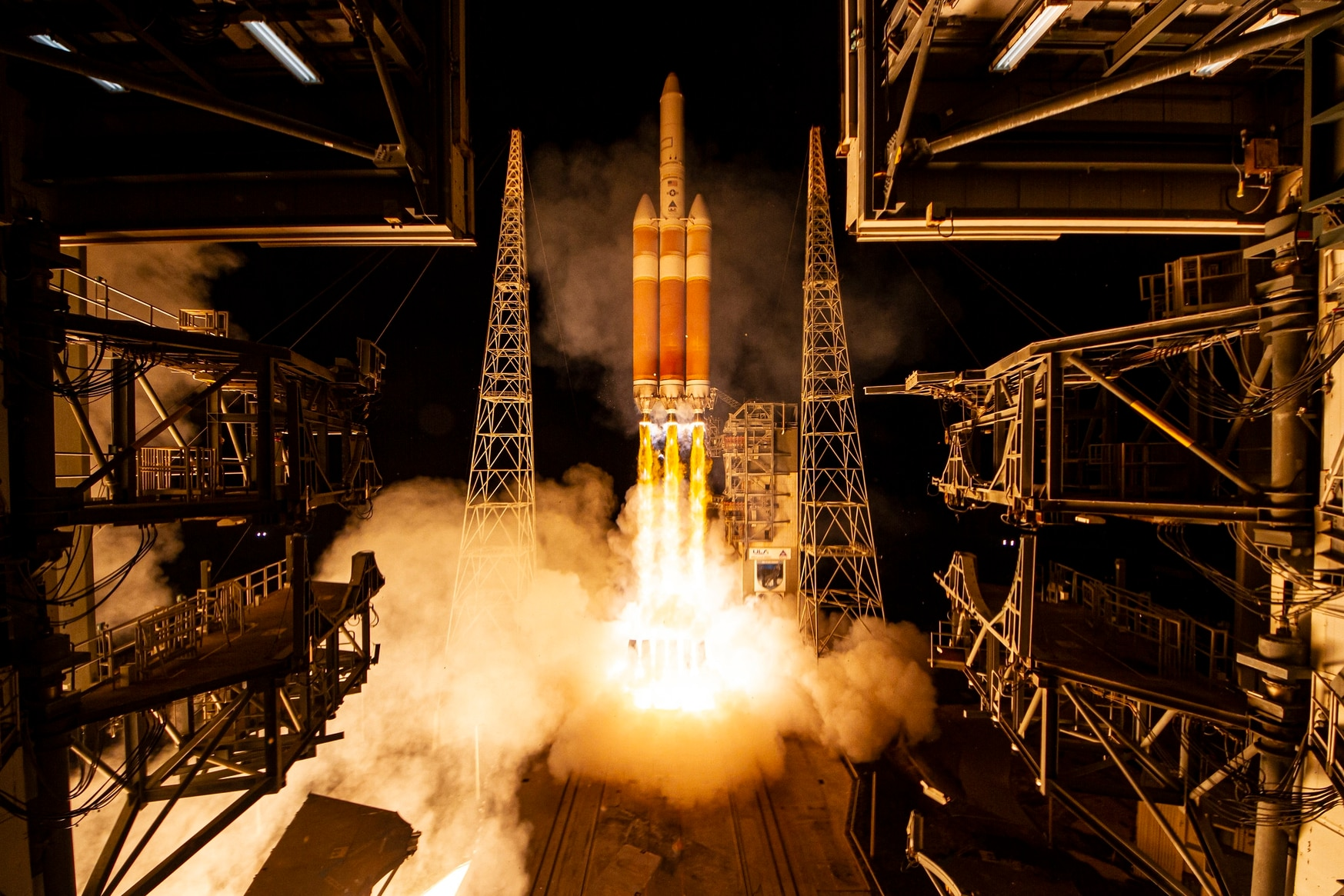 A United Launch Alliance Delta IV Heavy rocket carrying the NROL-44 mission for the National Reconnaissance Office lifts off from Space Launch Complex-37 on Dec. 10, 2020. (United Launch Alliance)